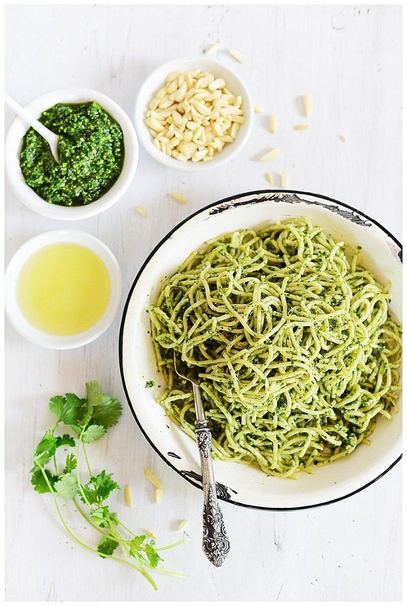 Spaghetti with Parsley/Cilantro Pesto » Muy Delish