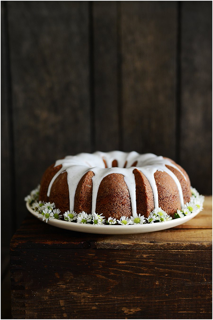 Lemon Poppyseed Bundt Cake | Fit, fun & delish!