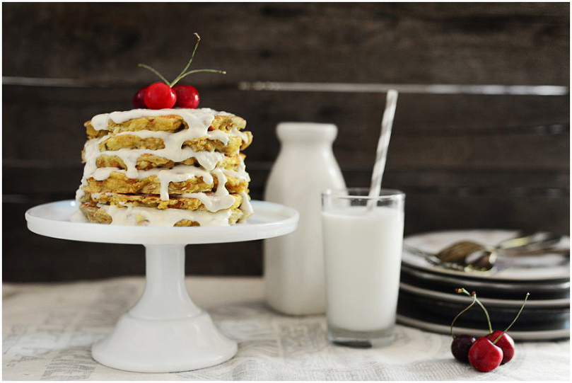 Bread Pudding Protein Pancakes topped with Cream Cheese & Yogurt Glaze. Only 350 calories including the glaze! | Fit, fun & delish!