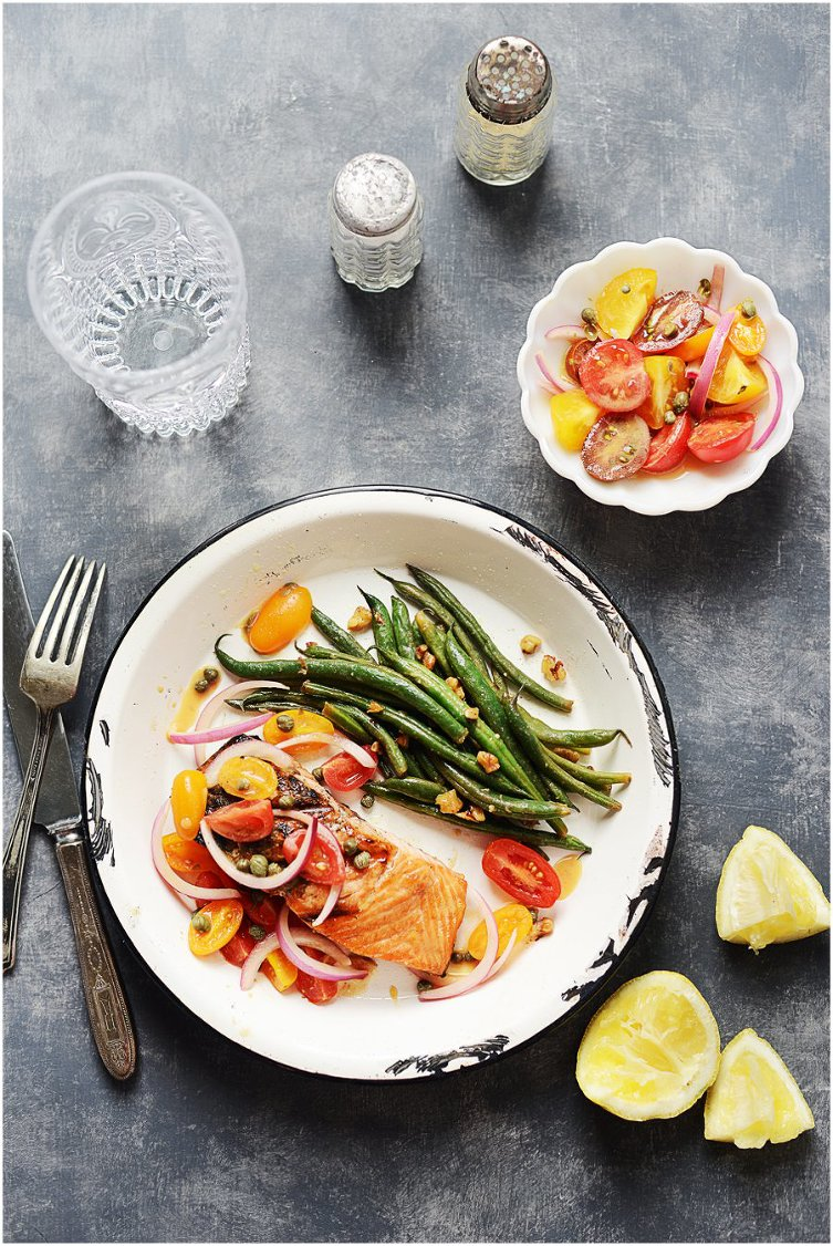 Grilled Salmon with Tomato-Red Onion Relish » Muy Delish