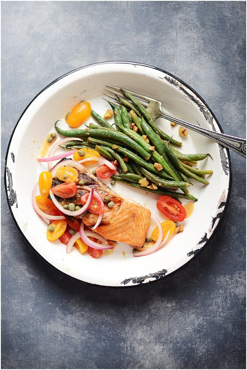 Grilled Salmon with Tomato-Red Onion Relish