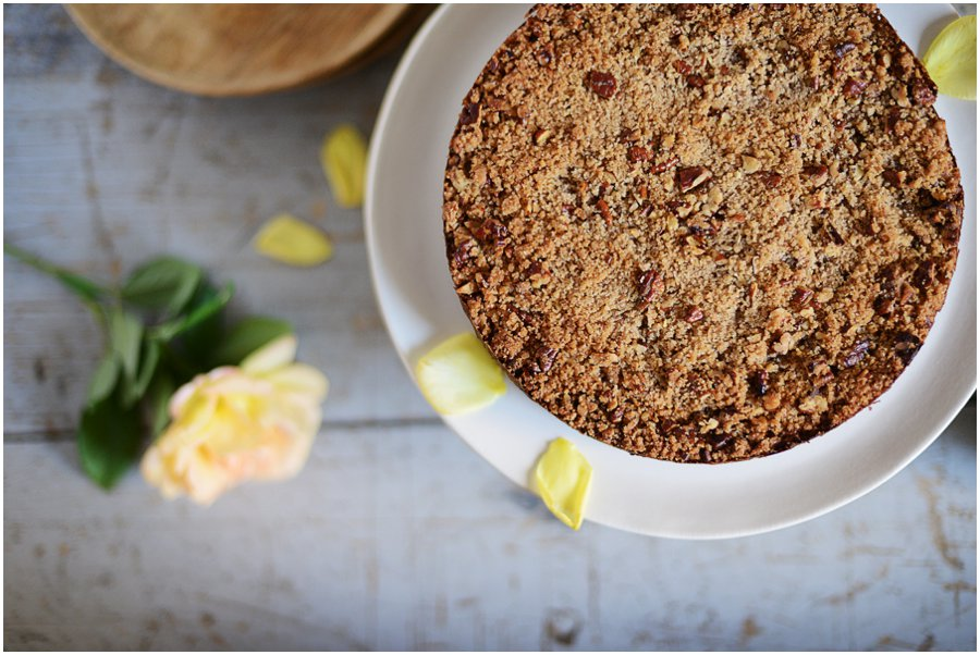 Pumpkin Pie Crumble - shortbread bottom, a pumpkin pie layer and buttery pecan topping. Delish!