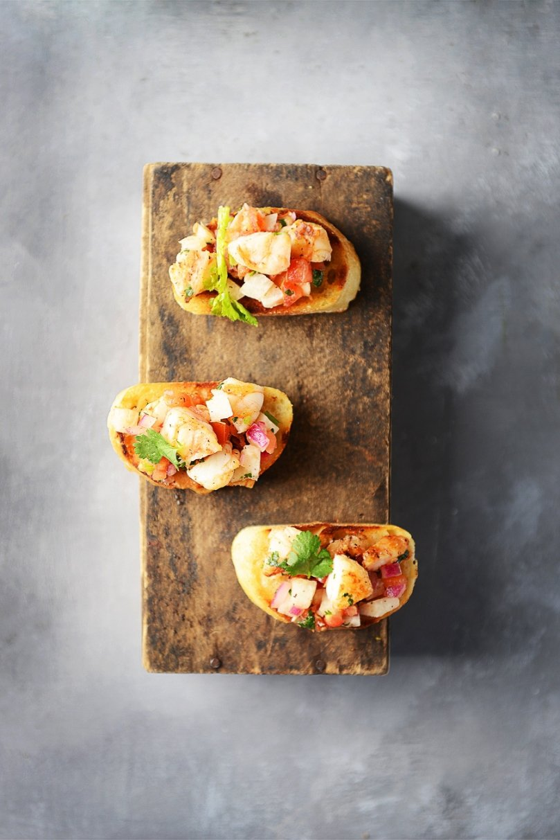 Shrimp Salsa Bruschettas by Muy Delish