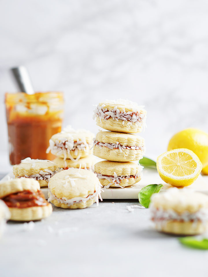 Alfajores in a stack position