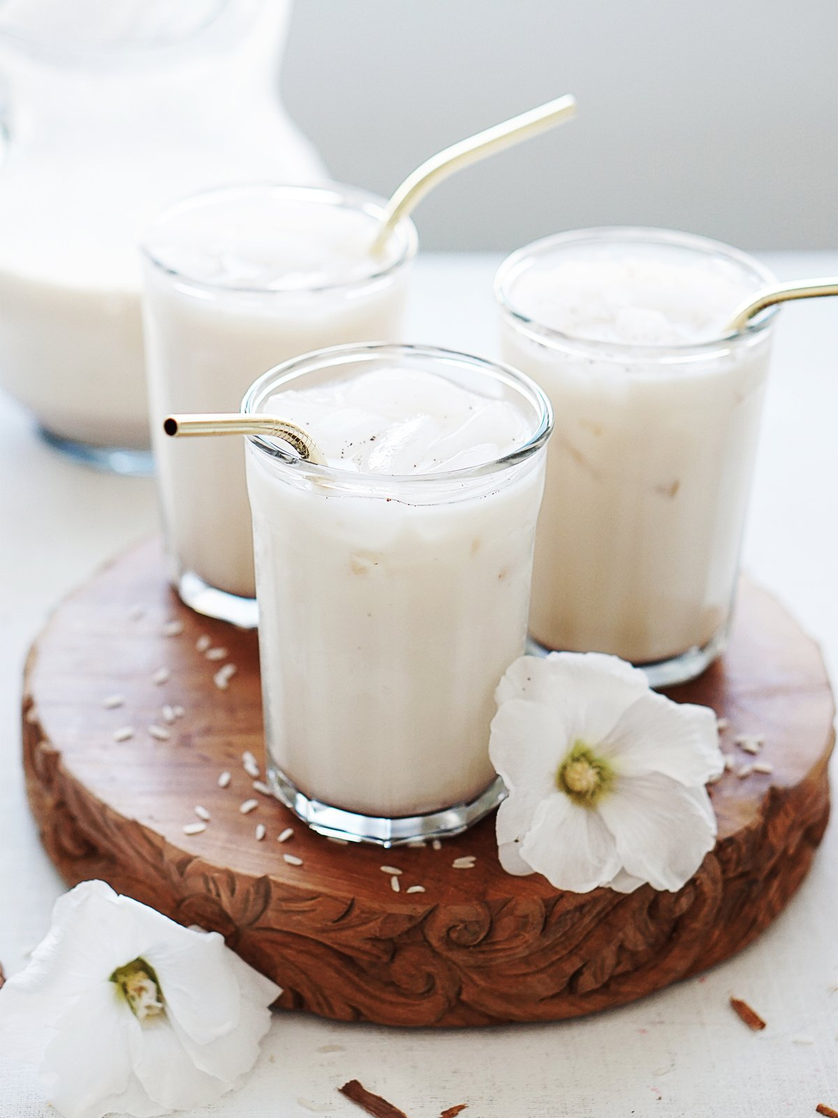 Three glasses with horchata