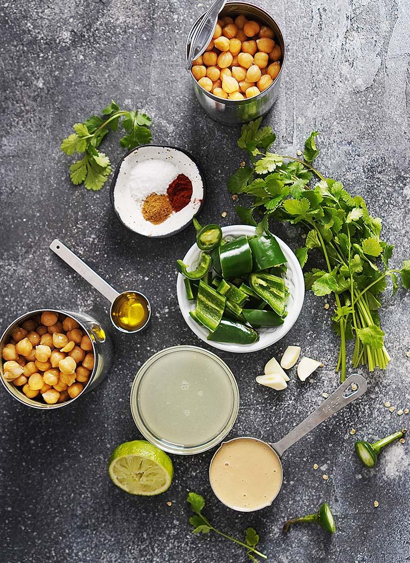 Ingredients to make hummus.